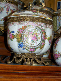 Lyvrich Handmade Luxury Porcelain and Gilded Ormolu - Decorative Container, Covered Box