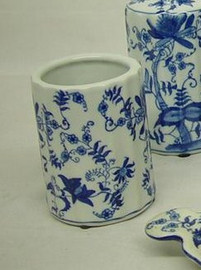 Blue and White Delicate Flower Vine, Luxury Handmade Chinese Porcelain, 4 Inch Toothbrush Holder | Pen Cup, Style G722