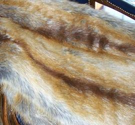 "Golden Fox Faux Fur Pet Lounger - Natural look & Luxuriously Soft - 30"" X 36"""