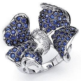 4.53 Carat Ladies Diamond and Blue Sapphire Bow Design Ring 18k GIA VS2-SI1 clarity G-H color