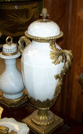 Lyvrich - Luxury Hand Painted Reproduction Porcelain and Gilt Bronze Ormolu - 21 Inch Statement Mantel Covered Urn - Crackle White