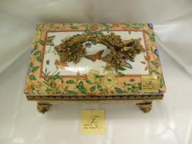 Lyvrich Fine Handcrafted d'oro Ormolu d'Elegance Porcelain - Tea Box, Centerpiece - Dior Butterfly - 9.5t X 15w X 10d