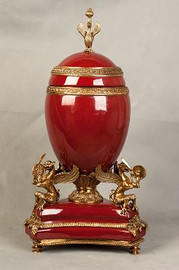 ***Lyvrich d'Elegance, Porcelain and Gilded Dior Ormolu | European Faberge Egg | Covered Statement Urn | Centerpiece | 23.44t X 12.21w X 12.21d | 6325