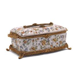 #Lyvrich d'Elegance, Porcelain and Gilded Dior Ormolu   Crackle   Tissue Box Centerpiece   4.73t X 11.62L X 6.34d   6356