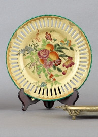 Flowers In Bloom Pattern - Luxury Hand Painted Porcelain - 10 Inch Plate