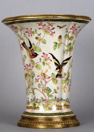 Pristine Parrots Pattern - Luxury Hand Painted Porcelain and Gilt Bronze Ormolu - 13.5 Inch Planter