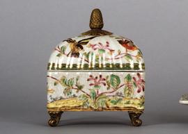 Pristine Parrots Pattern - Luxury Hand Painted Porcelain and Gilt Bronze Ormolu - 6 Inch Decorative Box