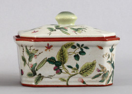 Wild Berries Pattern - Luxury Hand Painted Porcelain - 9 Inch Decorative Box