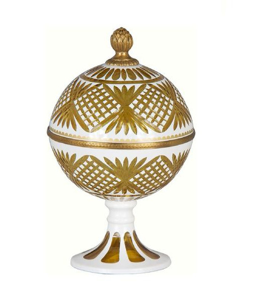 Luxe Life Finely Finished Cut Crystal Glass and Gilt Bronze Ormolu, 9 Inch Covered Dome Dish
