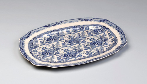Blue and White Porcelain Transferware Decorative Plate | Platter | Traditional Chinese Pattern | Lite Serpentine Oval Shape - 1t X 18L X 13d
