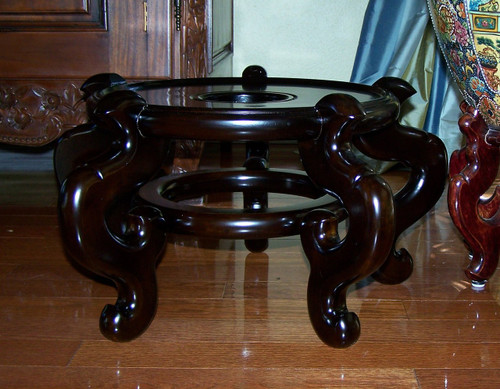 Luxury Chinese Porcelain, 09.5 Inch Seat, High Wooden Stand for 14 Inch Fish Bowl