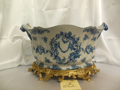 Lyvrich Handcrafted d'oro Ormolu, Consummate Porcelain Flower Pot Planter, Blue and Antique White Crackle Putto Romantique 11t X 19w X 13d