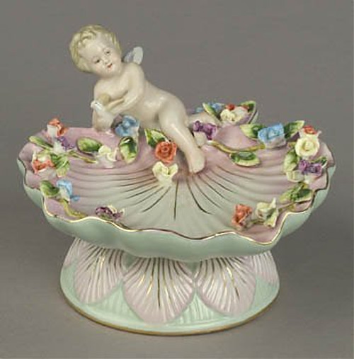 Meissen Style Table Top - 7 Inch Porcelain Shell Bowl