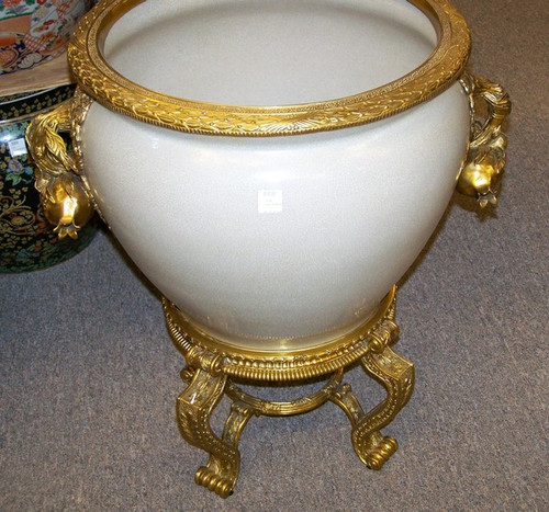 Lyvrich - Luxury Hand Painted Reproduction Porcelain and Gilt Bronze Ormolu - 18 Inch Statement Fish Bowl, Planter - Crackle White
