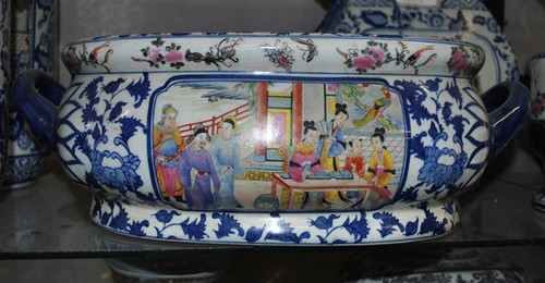 Blue and White Floral Figural Scene - Luxury Handmade and Painted Reproduction Chinese Porcelain - 12 Inch Footbath, Centerpiece, Planter Style 591