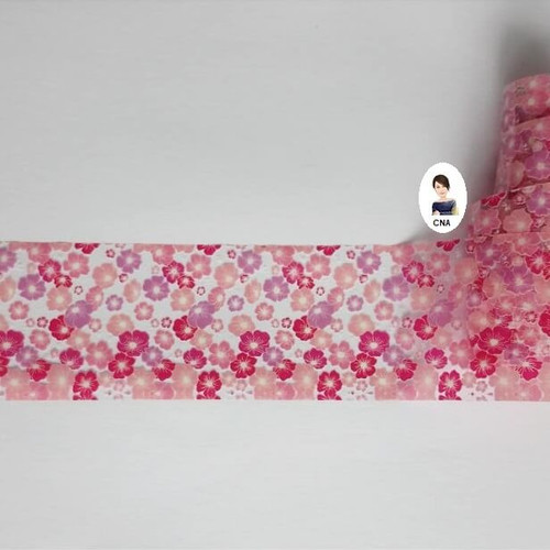 Pretty in pink floral nail art transfer foil