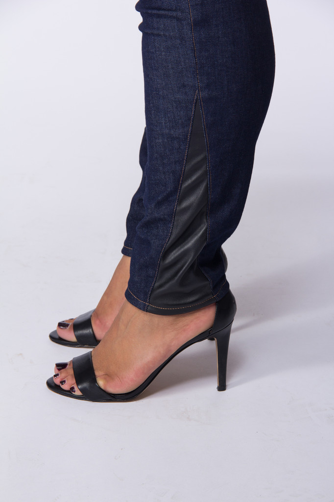 Women Jeans  |  Regular  |  Made in USA  |  Classic 2 Jegging