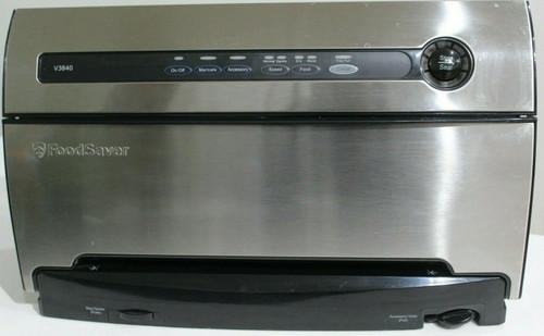 FoodSaver V3840 Automatic Vacuum Sealer  Stainless Steel  - Used  -  0899