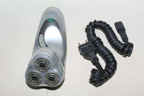 Remington R-950 Titanium Rotary MicroFlex Cordless Men's Shaver - Used  0359