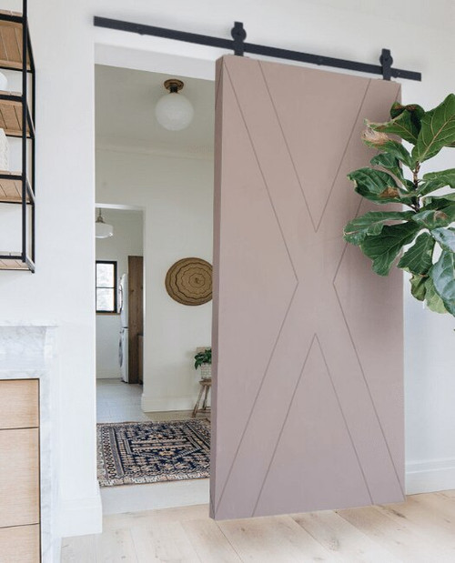 Minimalist X Sliding Barn Door Lifestyle Kisten in Taupe Color