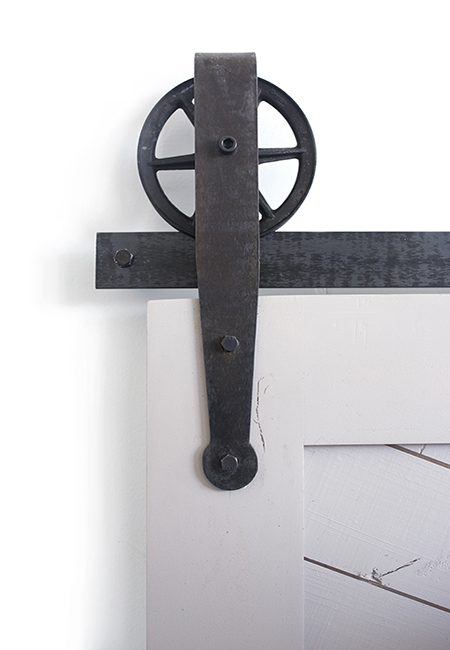 farmhouse spoked barn door hardware with strap