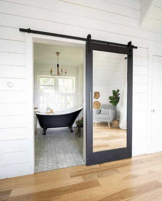 bathroom-mirror-sliding-barn-door-lifestyle-min.png
