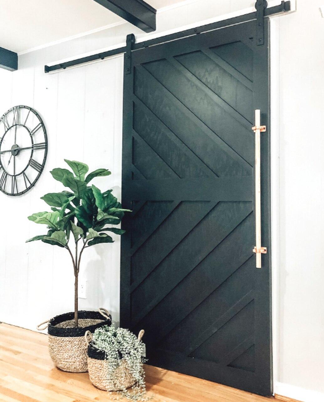 color-dark-green-sliding-barn-door.jpg