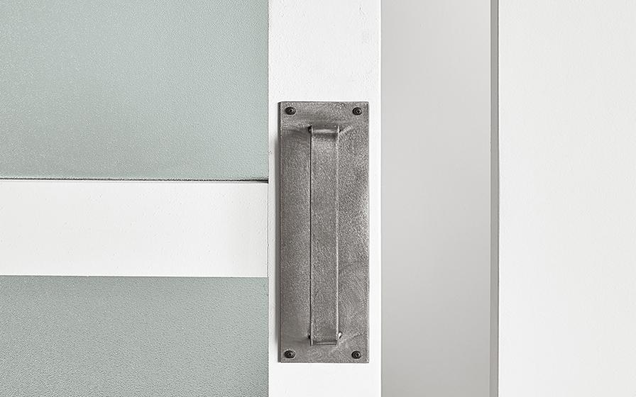 handles-hardware-896x560.jpg