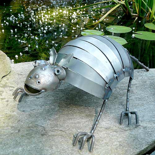 Metal Armadillo Garden Sculpture