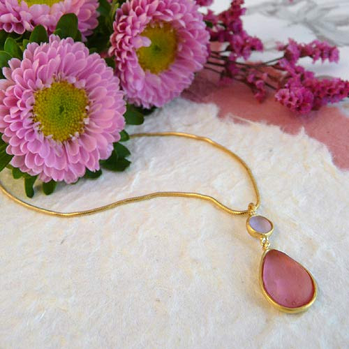 Artisan Glass & Gold Plate Teardrop Necklace: Pink