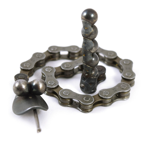 Bike Chain Rattlesnake Desk Pet