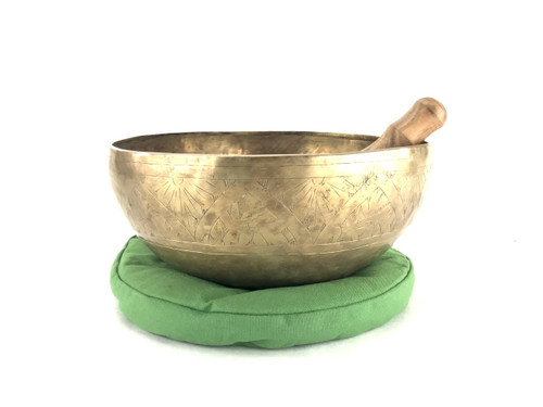 "13.25"" F/C Note Etched Himalayan Singing Bowl #f32800118"