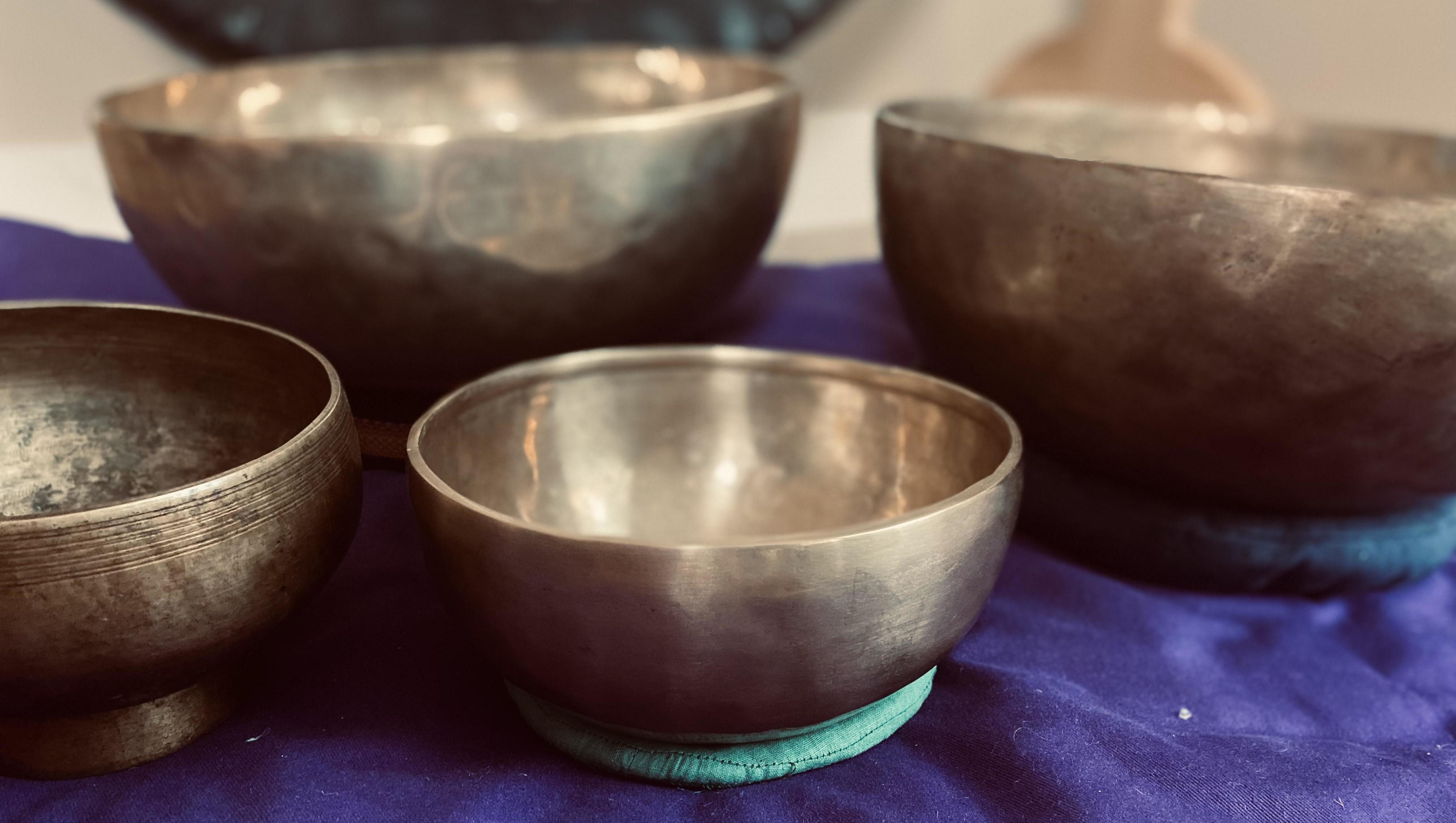 himalayan-metal-singing-bowls.jpg
