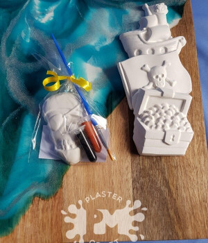 PM Plaster Craft Pirate Party Favour