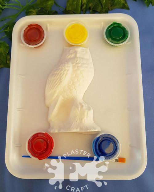 PM Plaster Craft Owl On Log Medium Gift Pack