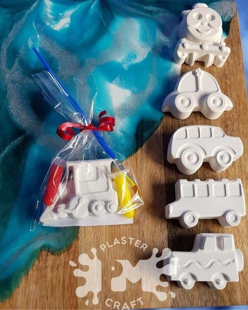 PM Plaster Craft Automobiles Party Favour