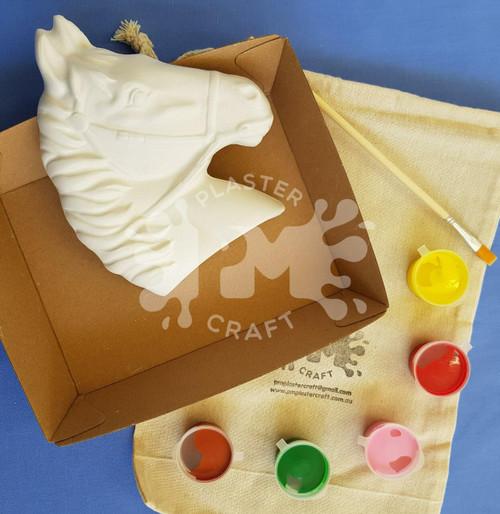 Horse Medium Gift Pack