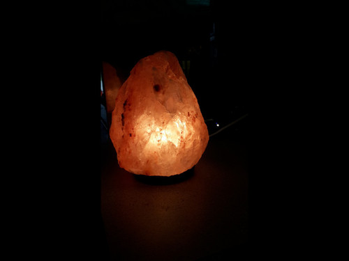 Himilayan Salt Lamps - 5 - 7 lbs (Small)