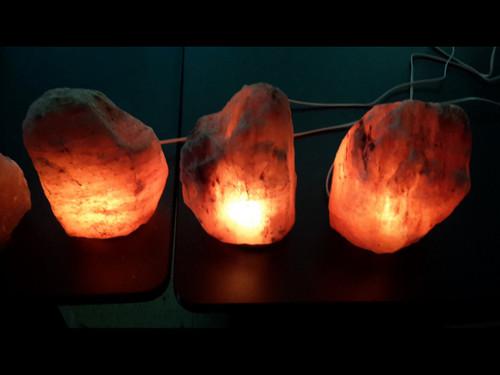 Himilayan Salt Lamps - 7 -13 lbs (Medium)