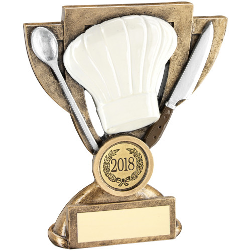 Chef's hat spoon and knife cooking award with FREE personalised engraving.