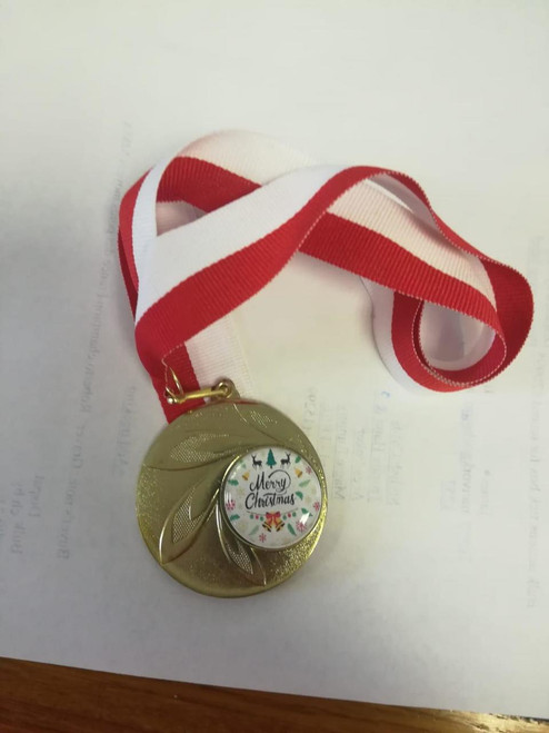 100 x Merry Christmas Festive Medals from 1stPlace 4 Trophies INCLUDING FREE RIBBON