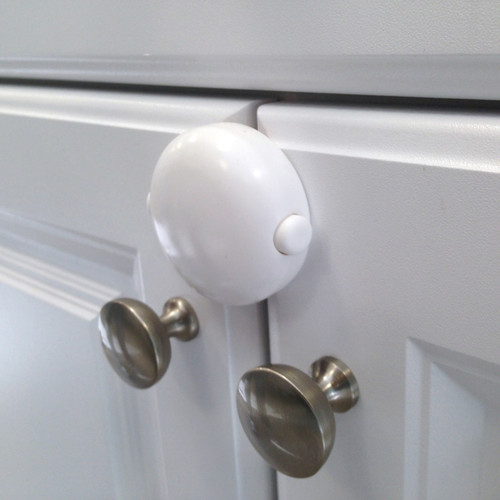 Adhesive Double Door Lock on cabinet doors