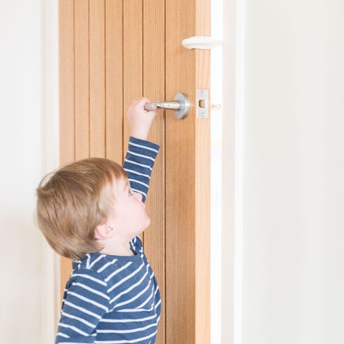 Child closing door with Finger Slam Guard