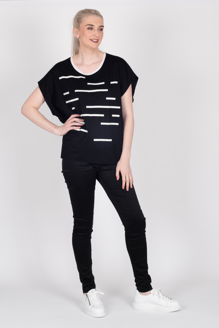 Crossing The Lines Top Black