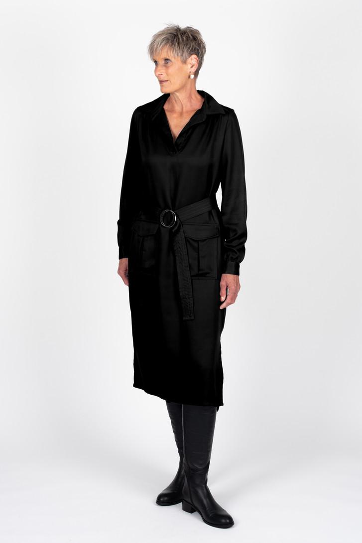 Tall woman wearing Kaya Dress Black