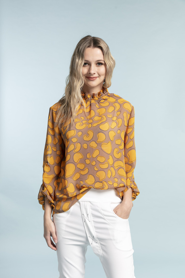 Style X Lab Inspiration Top Yellow Print on model