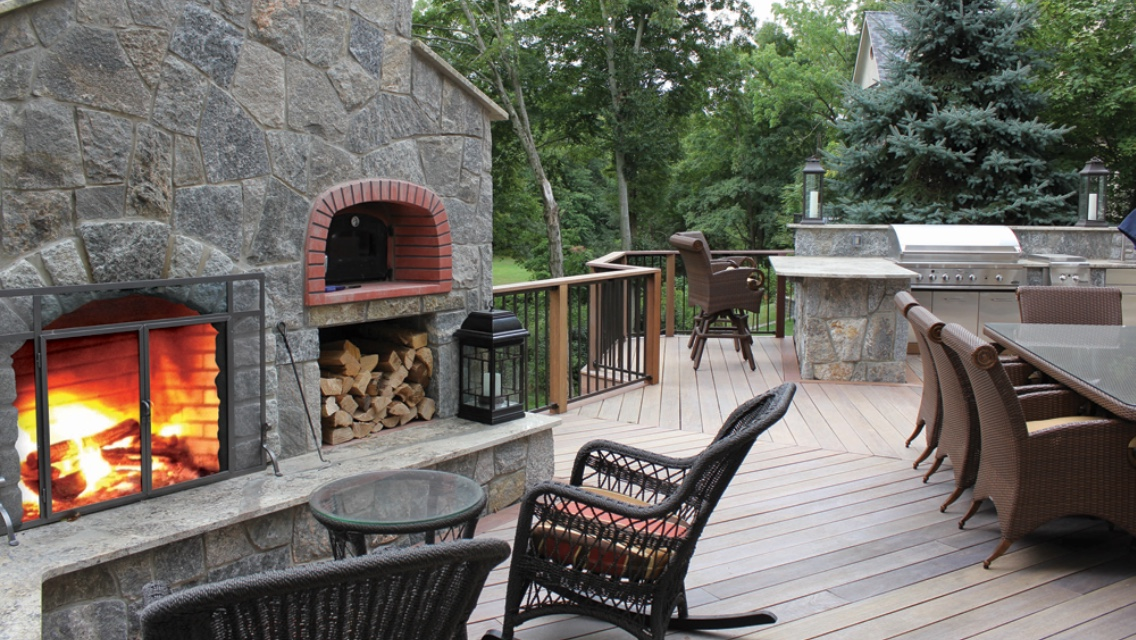 signature-best-outdoor-kitchen-by-preferred-properties-greenwich-ct-residence-copy.jpg